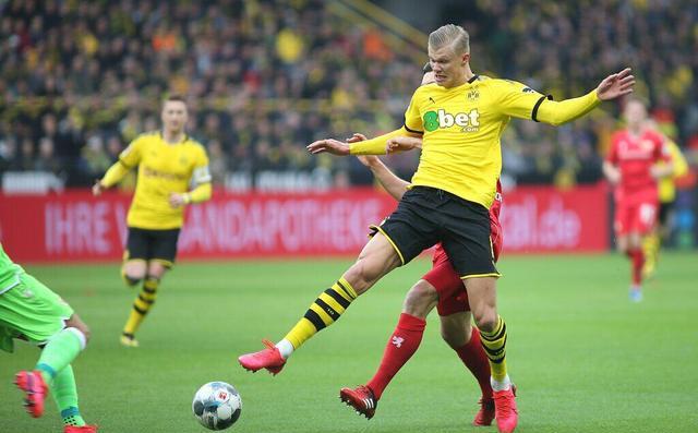 Dortmund considera vender Harland