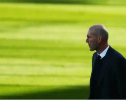 Benzema no se entrena con el Real Madrid y será baja contra el Valladolid