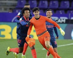 Milagro del portero: Bono anotó en descuento, salvando un poco al Sevilla